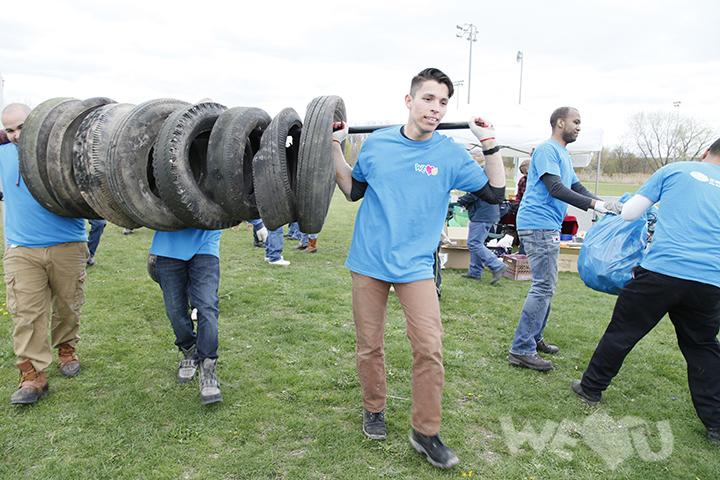 More than 300 Volunteers Clean Up Overpeck Park - International