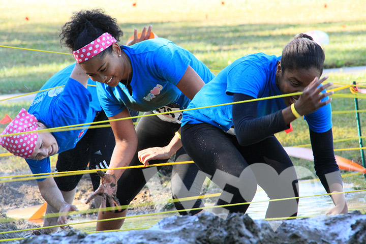WeLoveU Delivers Beaming Smiles at the 2014 Trauma Mud Run