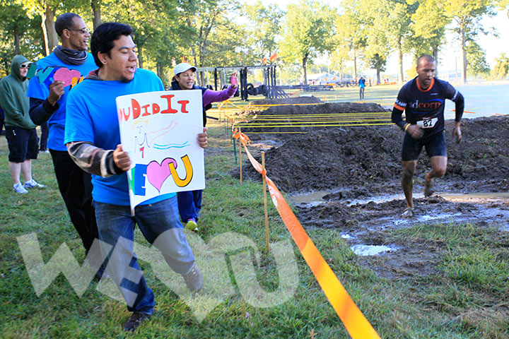 WeLoveU volunteers participate in 2014 trauma mud run.