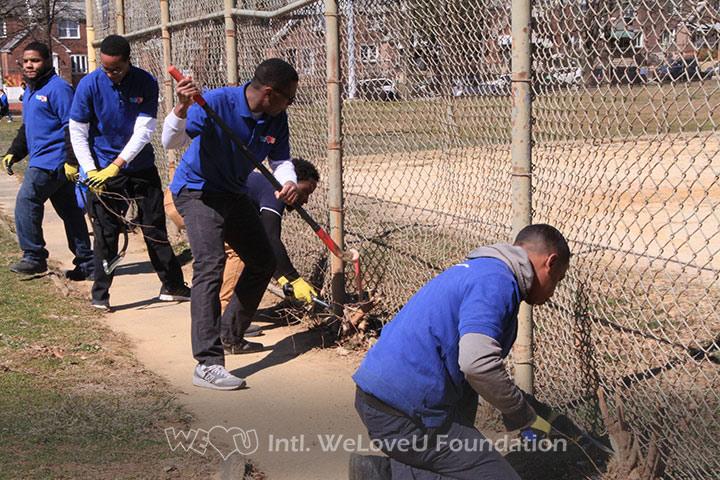 WeLoveU volunteers clean Tarken Park.