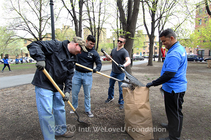 Air Force Serviceman Andrew joins WeLoveU volunteers in Earth Day cleanup