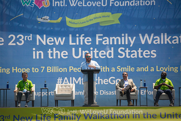 Mr.-Felipe-Queipo-from-the-UN-DGC-speaking-at-the-WeLoveU-Walkathon