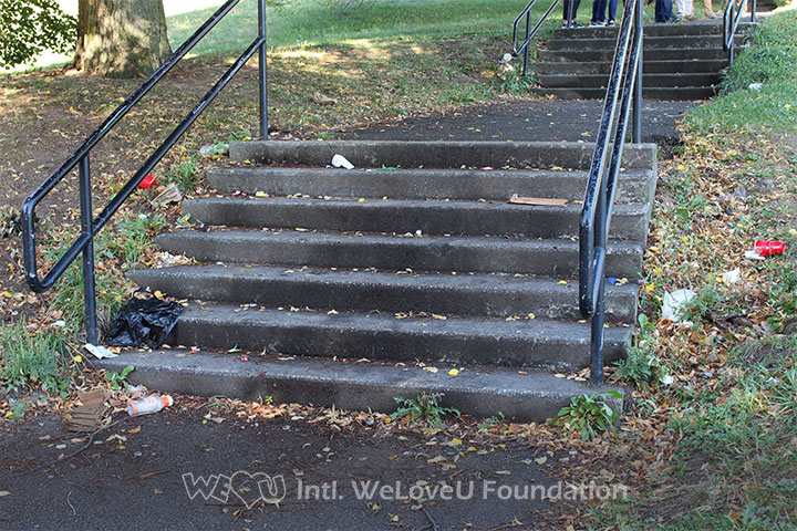 Litter, trash, stairs, Ceylon Park